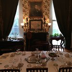 Beautiful dining room with antique china. Breakfast was delicious!