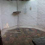 Additional outdoor bathroom (ensuite Master bedroom)