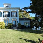 The Sachem Farmhouse Bed & Breakfast Picture