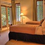 Villa Twin Bed Setup