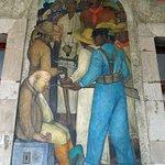Foto de Murales de Diego Rivera en la Secretaría de Educacion Publica
