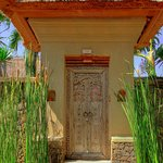 Entrance to Grand Courtyard Villa with Pool