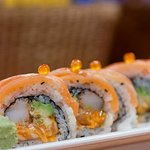 A maki roll for all salmon lovers