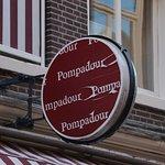 Pompadour sign