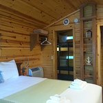 Fantastic cabin also included ceiling fan and wall mounted TV.