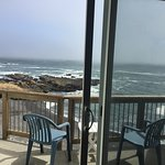 The Shelter Cove Oceanfront Inn Photo