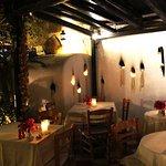 Foto de Candouni Restaurant