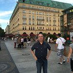 Hotel Adlon & plaza