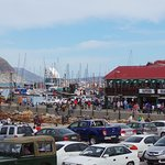 Weekend frenzy with so many people seeking fresh seafood and the sights of the blue ocean and so