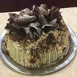 dessert un gâteau foret noir réalisé par le chef lui meme