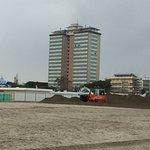 Песчаный вал у пляжа Ла Баркачча