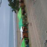 Foto de Los Islotes Beach Front Hostel