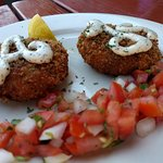 Crab cake appetizer (we treated as entree)
