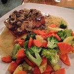 Mahi piccata with fresh carrots and broccoli