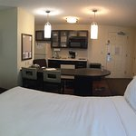 2 room queen suite