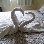 Detalhe das toalhas na cama