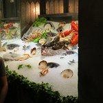 La Nuova Grotta fresh seafood display