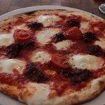 La Perla - Calabrese pizza