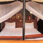 säng i tältet