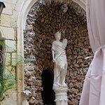 Restaurant Be Burgu. Cour d'un ancien palais à Malte (Vottoriosa)