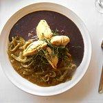 La Hoja Verde, Plato Mexicano: Cactus, black beans, empanadas come stuffed with squash, nuts, or