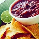 Veggie Chili w/ Lime & Sea Salt Chips