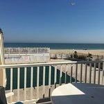 Foto de White Sands Oceanfront Resort & Spa
