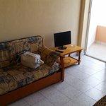Photo of Hotel Estudios Tropicana