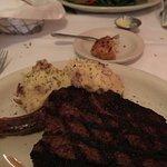 Foto de St. Elmo Steak House