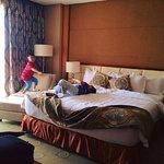 Foto di The Avenue Plaza Hotel