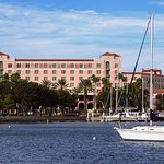 The Vinoy Renaissance St. Petersburg Resort & Golf Club