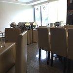 S Tara Grand Hotel Foto
