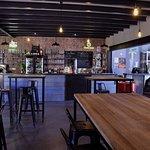 L'Atelier Cave Bar Restauration