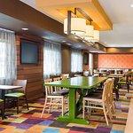 Fairfield Inn & Suites Dallas Park Central Foto