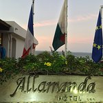 Photo de Allamanda Hotel