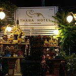 Foto de Thana Hotel & Guesthouse