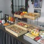 buffet petit déjeuner suivant saison