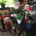 Hug Na Cafe