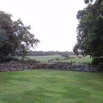 Knockanora cotage and surroundings