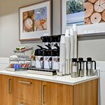 Complimentary Breakfast at Holiday Inn Express Newport Beach