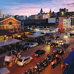 Visit Ottawa's oldest farmers market - the Byward Market.