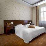 Photo of Louren Hotel