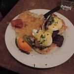 Eggs benny
