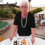 anniversary desserts at luau