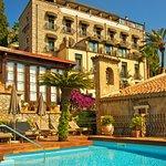 Villa Carlotta's facade with Swimming pool