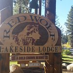 Foto di Red Wolf Lakeside Lodge