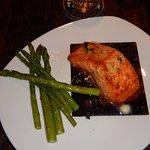 Cedar plank salmon w/asparagus
