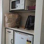 kitchenette (no sink)