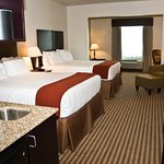 Suite room with double queen beds
