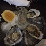 Fresh oysters as starter